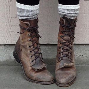 Ariat leather western heritage lacer combat boots